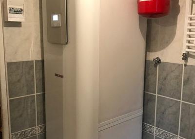 Pompe à Chaleur air eau. Tour hydraulique ballon tampon et eau chaude combinés